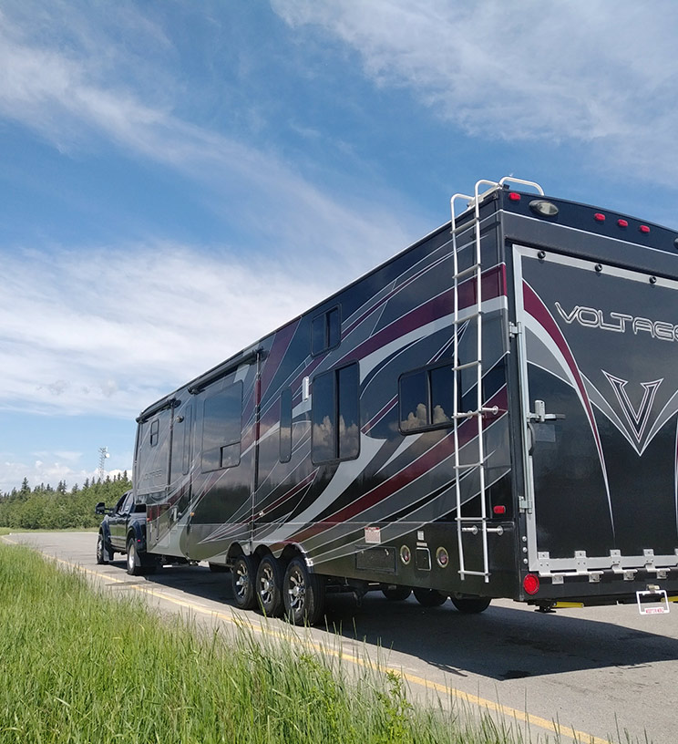 Hauling RV Trailer by truck